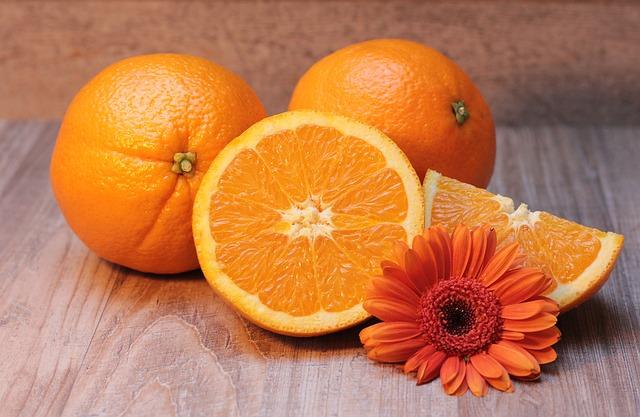 květina u pomerančů