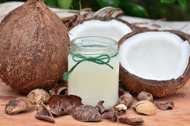 rozkrojené kokosy